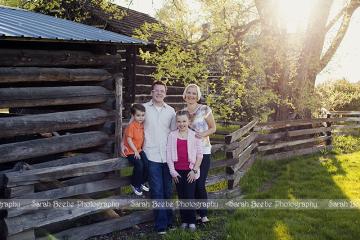 Okanagan Family Photography in the Spring Sunshine
