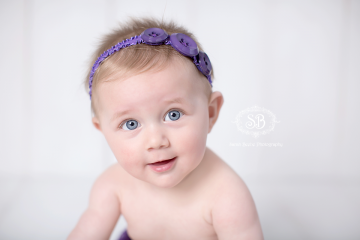 Adorable 6 Month Little Star Session with Brother and Kelowna Family