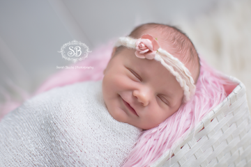 Newborn Family Love in Kelowna BC Okanagan Studio