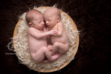 Our First Newborn Twins! February 2015 Sisters in the SBP Kelowna Studio